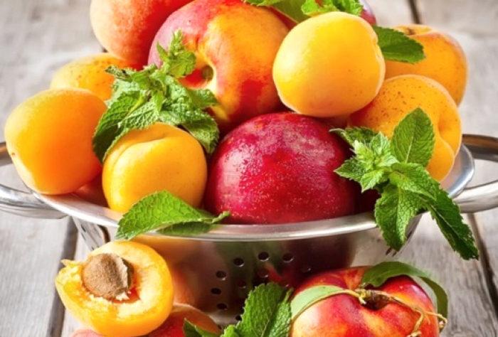 Чем отличаются персик и абрикос